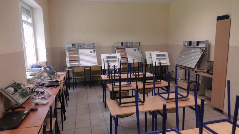 Pracownia mechatroniczna Ośrodka Pozaszkolnych Form Kształcenia